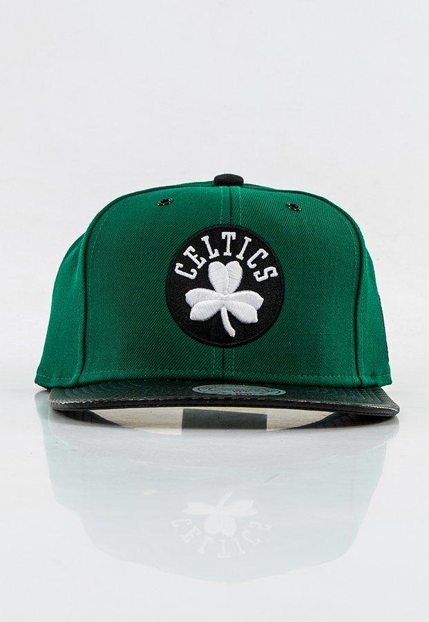 brand new 7a629 7030f Snap Mitchell   Ness NBA Speedway Boston Celtics